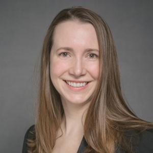 Dr. Eva Dundas